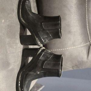 Rare Hunter boots